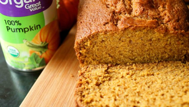 Super EASY Homemade Pumpkin Bread Recipe