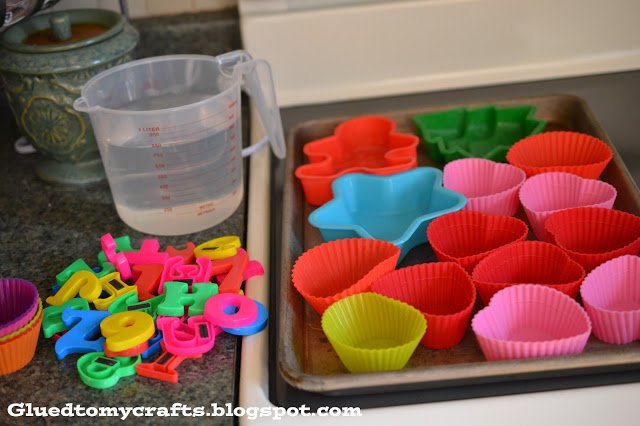 Smashin Ice Fun For Toddlers - Muffin Cup Ice Cubes