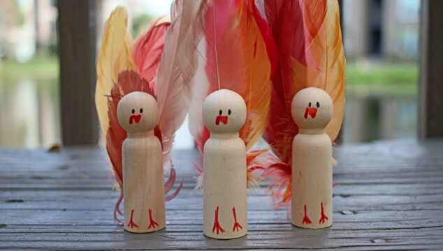 Wooden Peg Turkey Friends - Thanksgiving Kid Craft