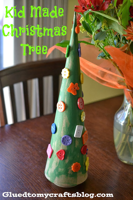 Paper Mache Christmas Tree Cone {Kid Friendly Craft}