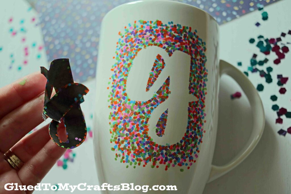 DIY Sharpie Painted Mugs - That Won't Wash Away!