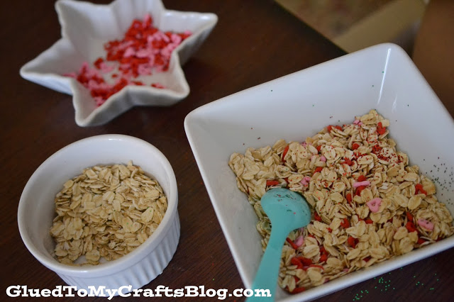 Reindeer Food {Recipe & Free Printable}