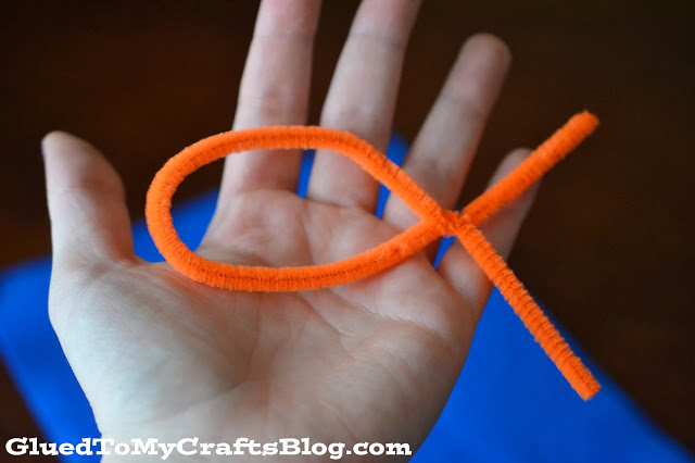 Pipe Cleaner Fish Game {Busy Bag Idea}
