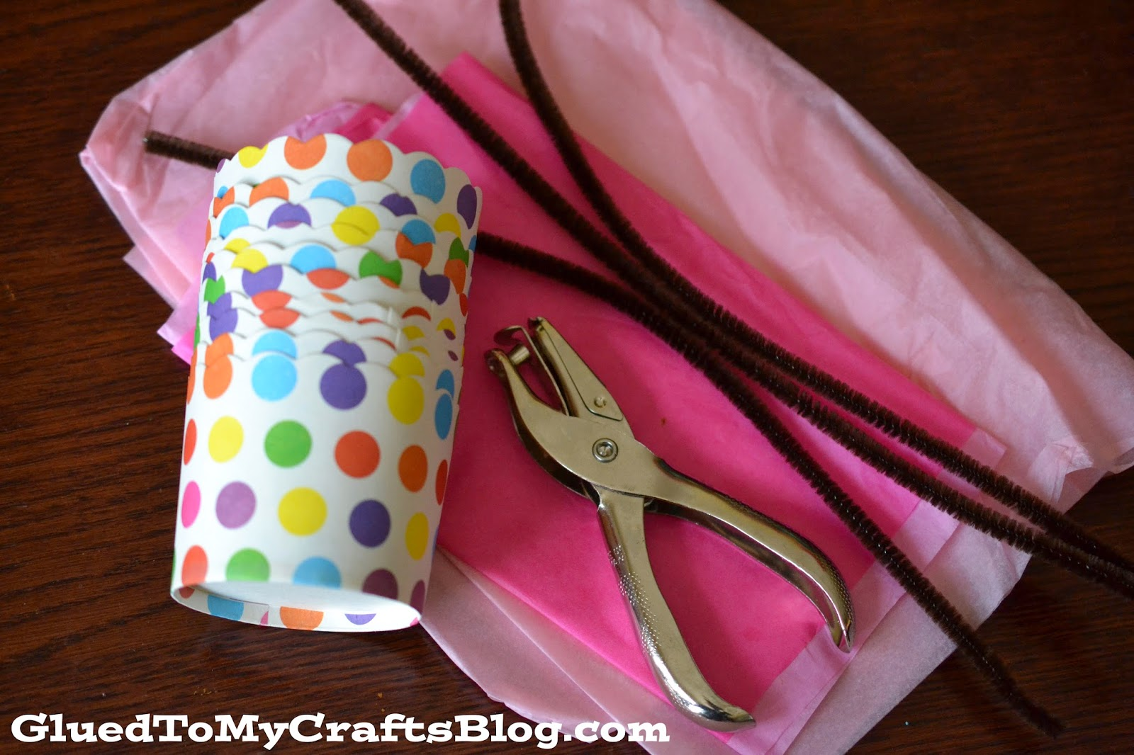 Mini Easter Baskets {Craft}