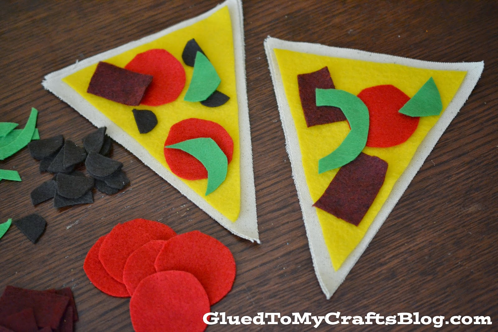 Pizza Making {Busy Bag Idea}
