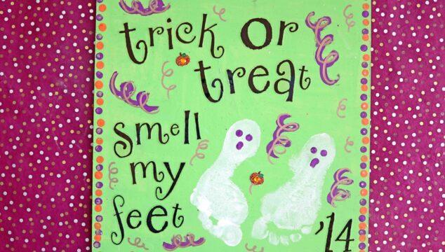Trick or Treat Footprint Ghost Keepsake Idea For Halloween