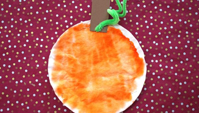 Tye Dye Coffee Filter Pumpkin {Kid Craft}