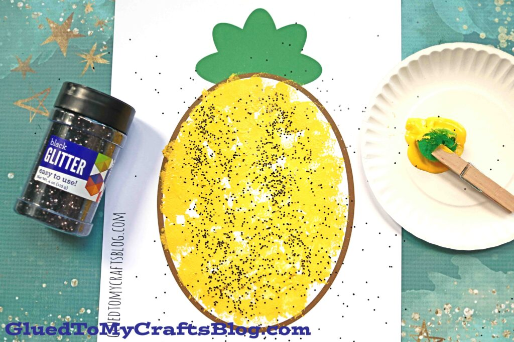 Pom Pom Painted Pineapple {Kid Craft w/free printable}