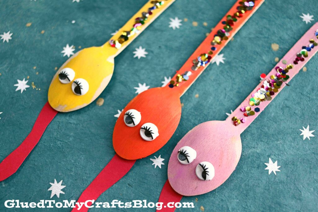 Wooden Spoon Snakes - Slithering Good Kid Craft Idea