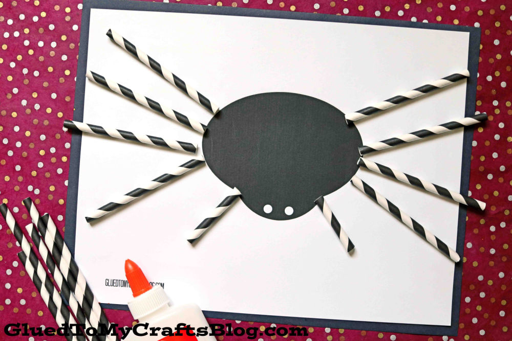 Paper Straw Spider - Super Easy Halloween Kid Craft Idea