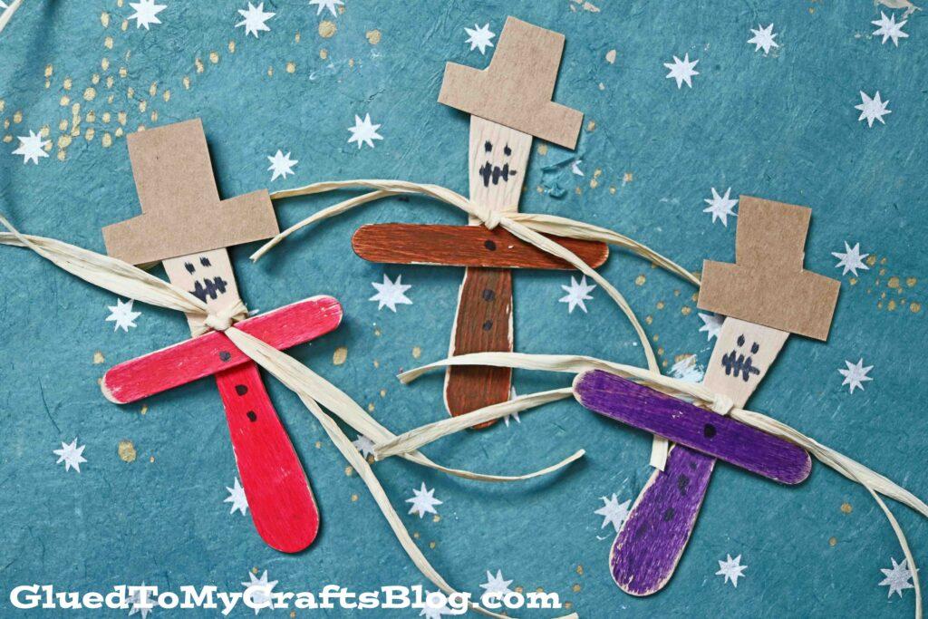 Scoop Stick Scarecrow Puppets - Kid Craft
