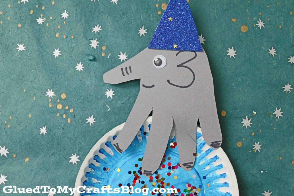 Handprint Elephant On Paper Plate Ball - Circus Craft Idea For Kids