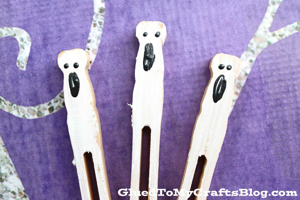 Not Spooky Flat Clothespin Ghost Puppets - Kid Craft For Halloween
