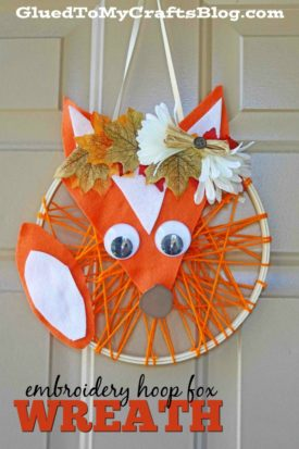 Embroidery Hoop Fox Wreath