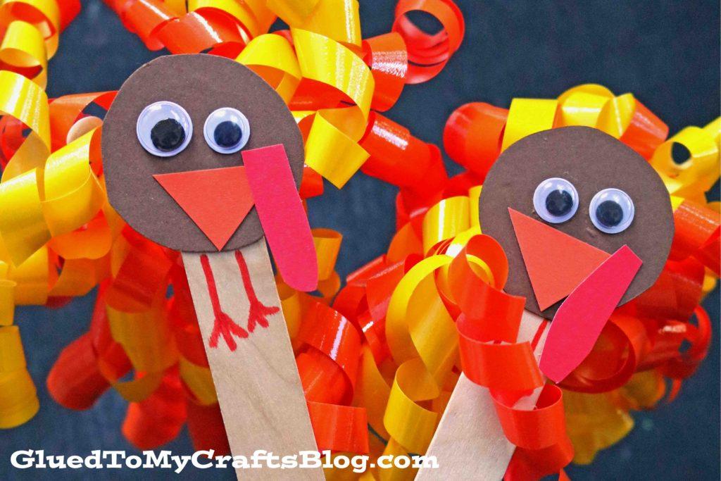 Curling Ribbon Turkey Puppets - Kid Craft
