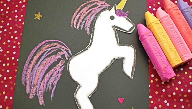 Paper & Chalk Unicorn Craft For Kids To Recreate!