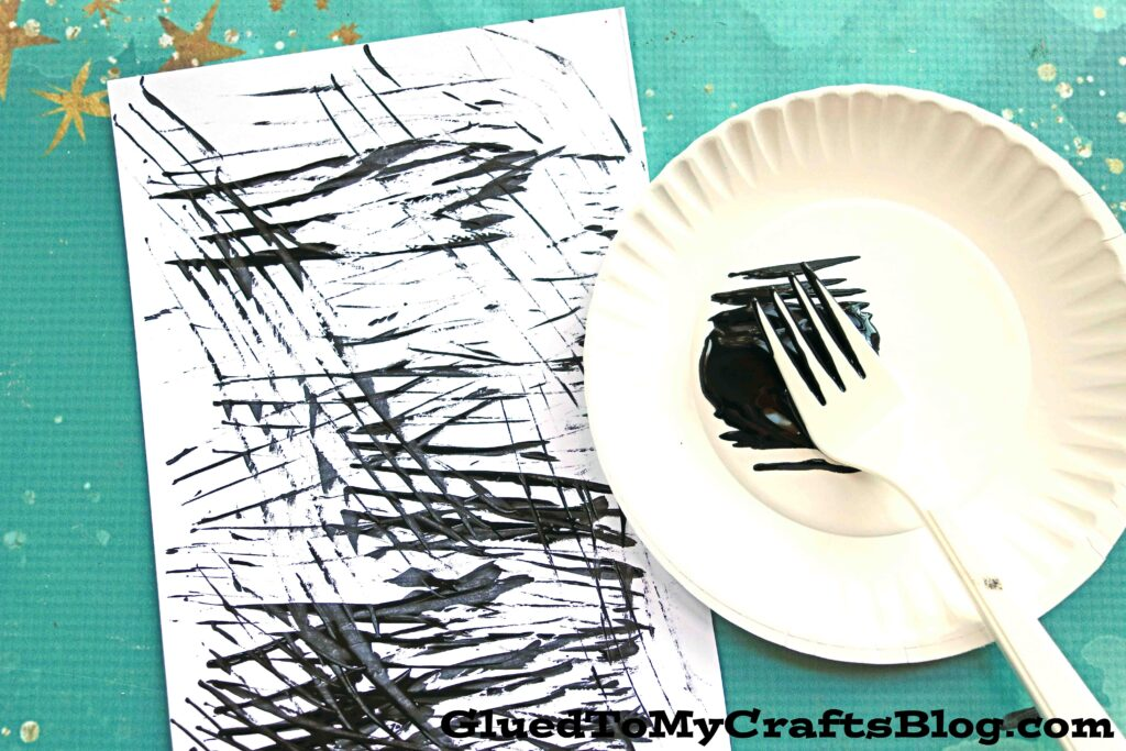 Fork Painted Zebra Craft For Kids To Recreate Today!