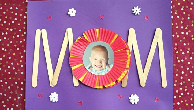 EASY PREP Paper & Popsicle Stick Mom Gift Idea