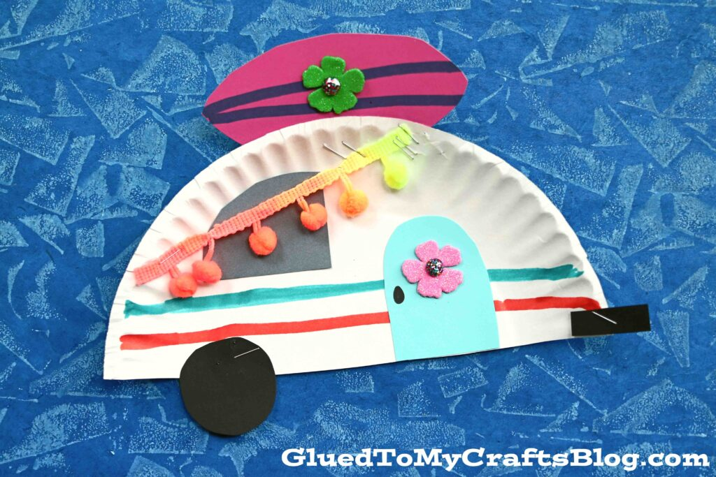 Paper Plate Beach Camper - Summer Kid Craft Idea