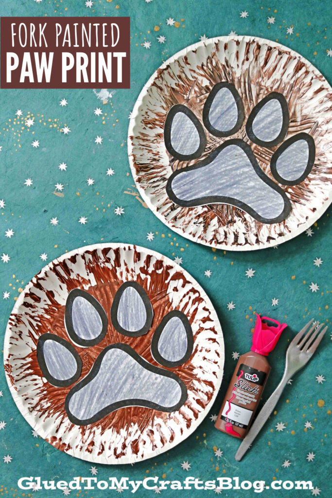 Fork Painted Paw Print Craft For Kids To Recreate