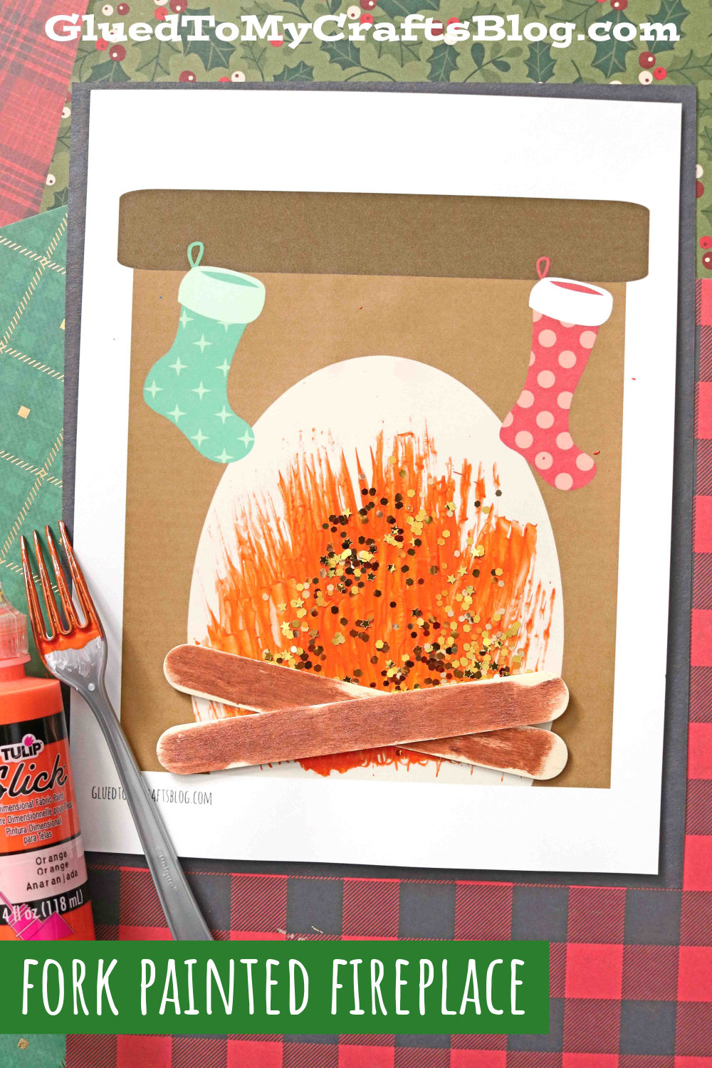 Fork Painted Fireplace - Christmas Craft Idea For Kids
